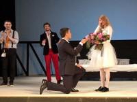 Светлане Ходченковой сделали предложение руки и сердца прямо на сцене театра