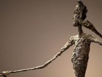 На аукционе в Нью-Йорке за $141 млн продана бронзовая скульптура