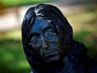 К юбилею Леннона в Ливерпуле покажут мюзикл по песням Beatles