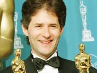 Композитор фильма «Титаник» погиб при крушении самолета в Калифорнии