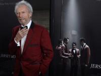 Клинт Иствуд снимет историю об американском пилоте