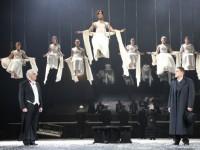Анжелика Холина поставила спектакль «Мужчины и женщины» в Театре имени Вахтангова