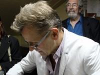 Барышников в Риге сыграл премьеру моноспектакля о Бродском