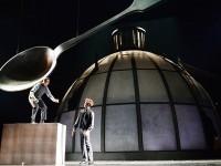 В театре имени Пушкина поставили пьесу «Дом, который построил Свифт»