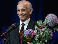 Актер Лановой и директор «Ленкома» получили премию «Хрустальная Турандот»