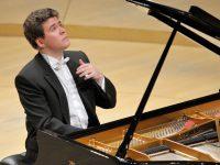 В Иркутске открылся музыкальный фестиваль Дениса Мацуева «Звезды на Байкале»