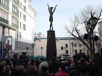 В Москве открыли памятник Майе Плисецкой