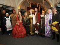 В Доме-музее Щепкина проходит выставка «Театральный маскарад»