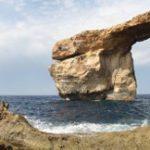 """На Мальте обрушилась знаменитая арка """"Лазурное окно"""""""