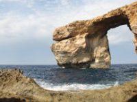 На Мальте обрушилась знаменитая арка «Лазурное окно»
