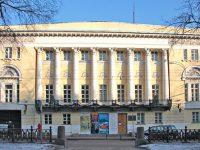 Музей Востока принял на хранение картины, изъятые из Центра Рерихов