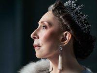 Инна Чурикова исполнит роль Елизаветы Второй в спектакле «Аудиенция»