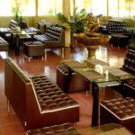Мягкая мебель в ресторане