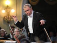 Как поддержать музыкальные коллективы в России, размышляет один из самых известных дирижеров мира Валерий Гергиев