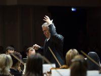 Валерий Гергиев с оркестром Мариинского театра проехал по Сибири