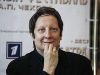 На Чеховском фестивале канадский режиссер Робер Лепаж покажет моноспектакль «887»