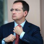 Мединский прокомментировал уход Никиты Михалкова из совета Фонда кино