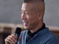 Китайский художник Цай Гоцян создал полотно «Река»