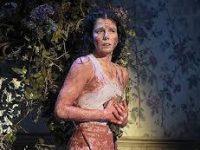Наталья Осипова представила спектакль «The mother»
