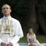 """На Венецианском кинофестивале покажут продолжение сериала """"Молодой папа"""""""