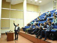 В Сколково обсудили, на каком языке должны преподавать российские вузы