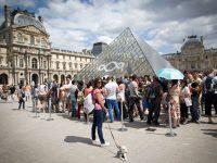 В Лувре ввели обязательное бронирование билетов