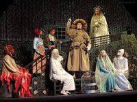 Во МХАТе им. Горького идут последние приготовления к премьере спектакля «Синяя птица»