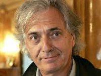 Писатель Жан-Поль Дюбуа стал лауреатом Гонкуровской премии