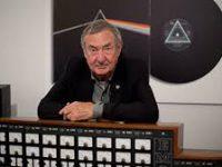 Барабанщик Pink Floyd Ник Мейсон даст два концерта в России