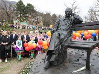 В Пятигорске открылся памятник Сергею Михалкову
