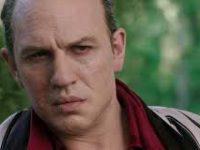 В Сети опубликовали трейлер драмы «Лицо со шрамом» с Томом Харди