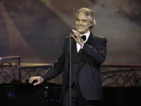 Андреа Бочелли выступит на пасхальном концерте без зрителей