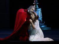 Мариинка открыла для публики историческую сцену
