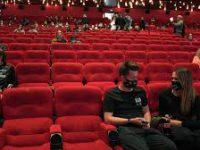 В России запретят закрывать на ключ двери в кинотеатрах во время сеансов