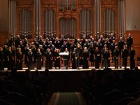 Теодор Курентзис исполнил в Москве концерт Альфреда Шнитке на слова Григора Нарекаци