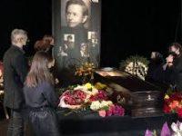 Романа Виктюка похоронили во Львове