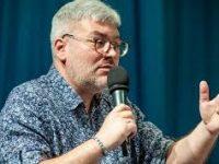 Евгений Водолазкин рассказал о своем новом романе «Оправдание острова»