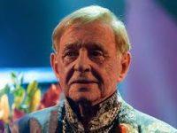 Романа Виктюка посмертно наградят «Звездой театрала»