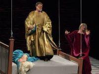 «Табакерка» представила новую версию знаменитого спектакля «Кинастон»