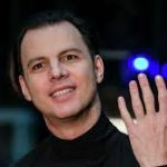 "Теодор Курентзис, musicAeterna и Sony выпустили проект ""Фрагменты"""