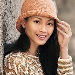 Вязаные платья и шляпы нынешней зимы: что сегодня актуально?